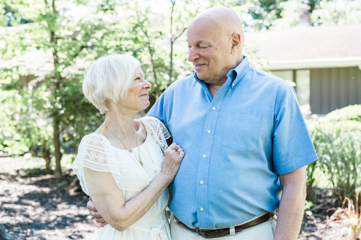 older man and woman in love | cleveland, ohio family photographer