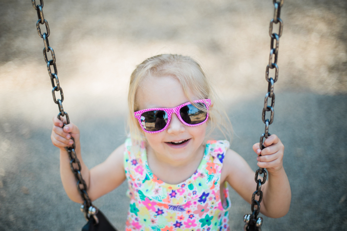 blonde hair small girl with pink glasses | shaker heights family photographer