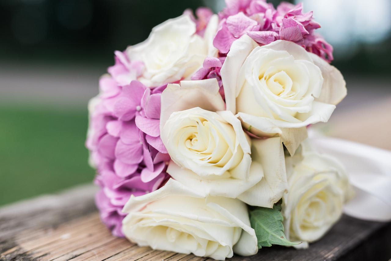 wedding flower bouquet with pink hydrangea | cleveland ohio wedding photos