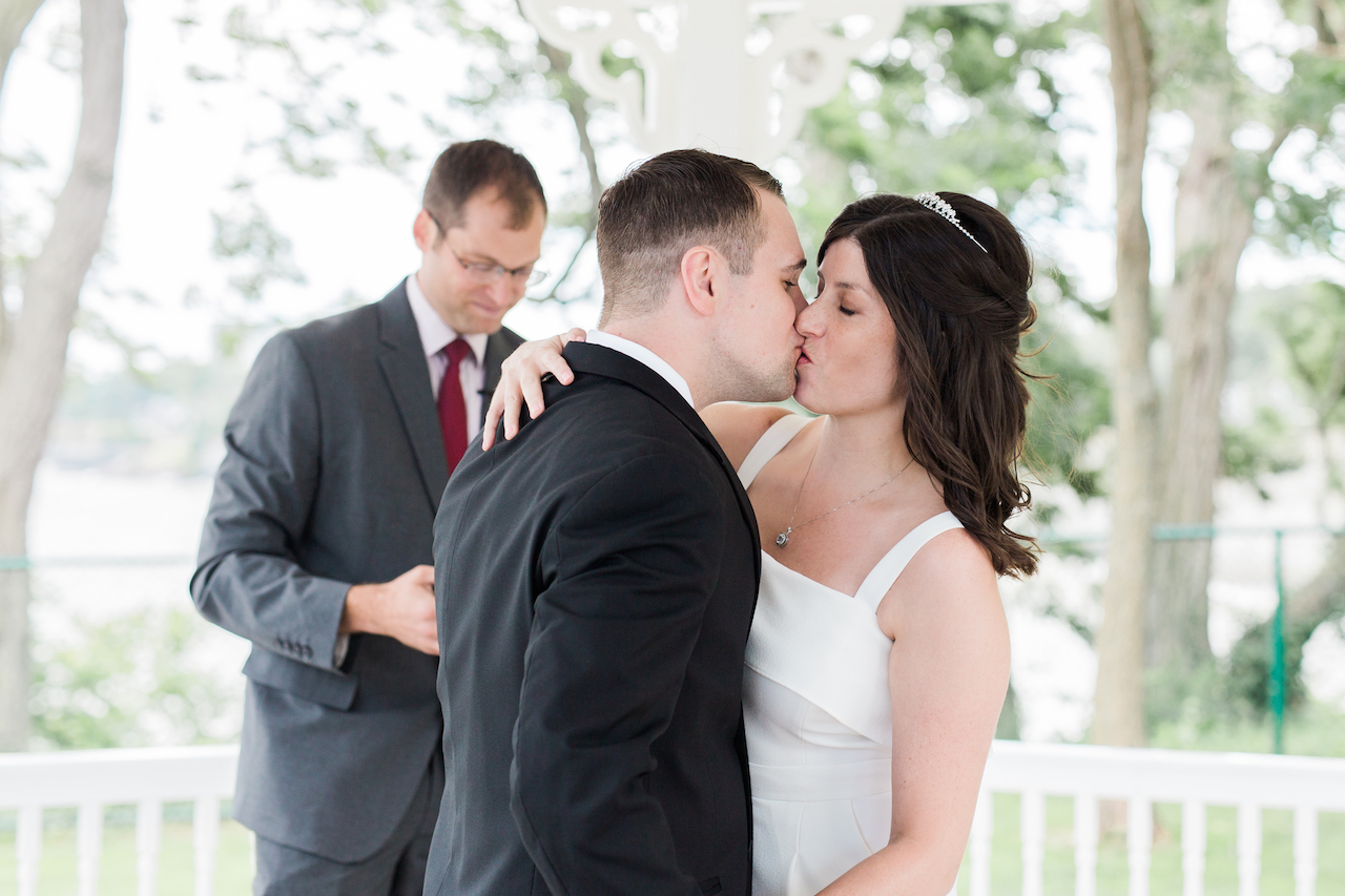 first kiss as husband and wife | cleveland ohio wedding photographer