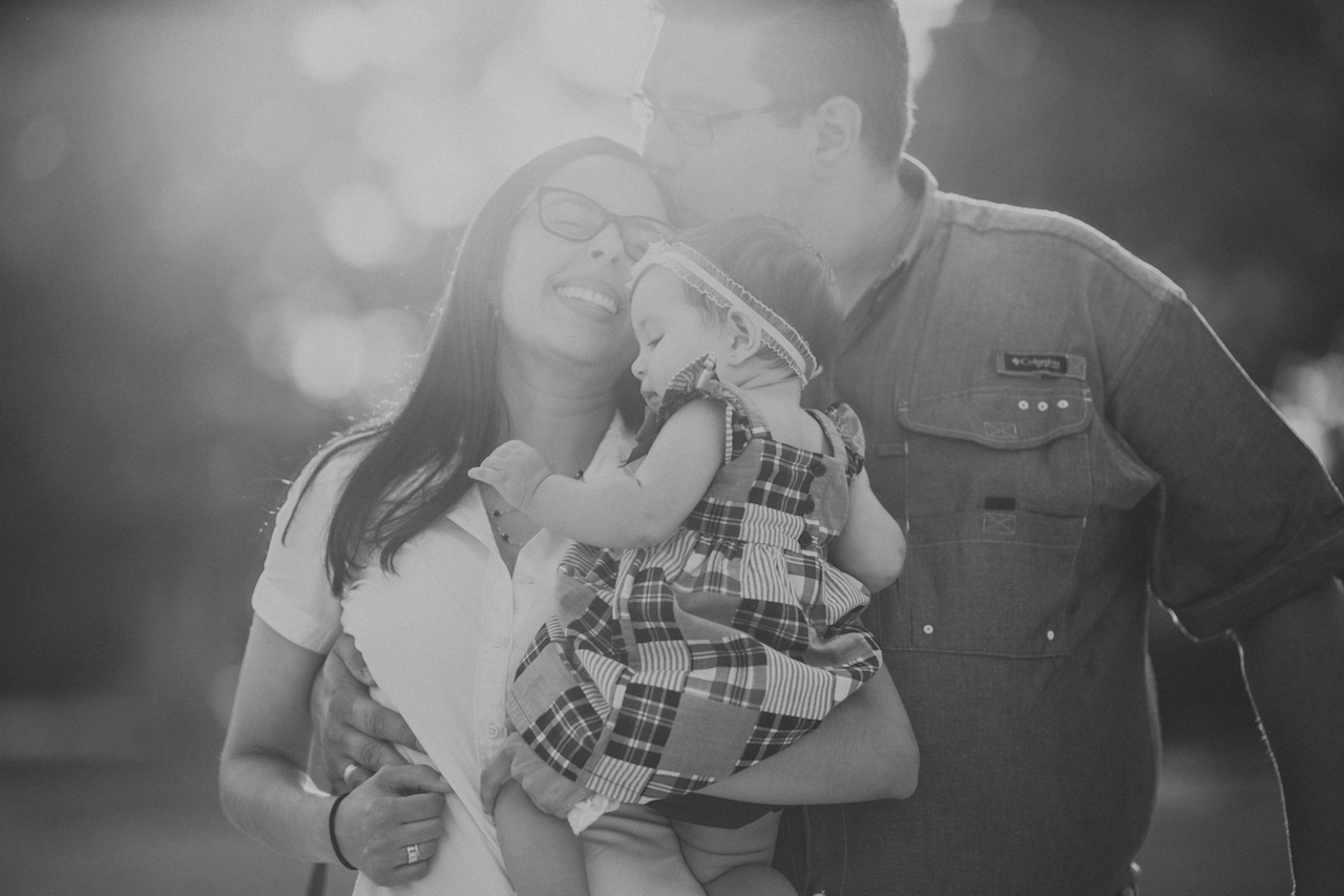 family of three with baby girl | cleveland lifestyle photographer