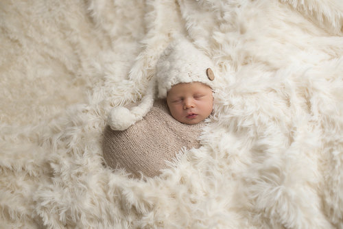 Give Your Baby's Memorable Moments a Unique Look With Baby Photography Bracknell:
