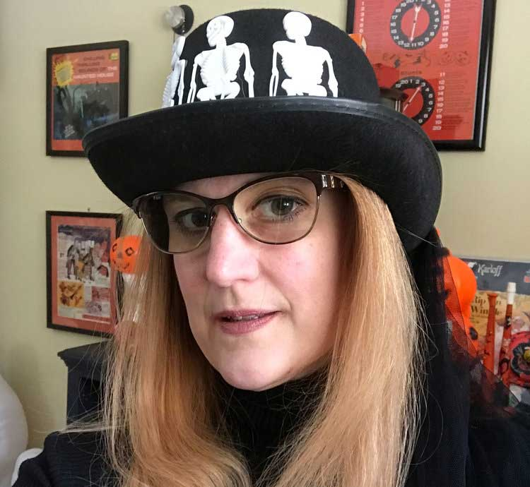 Welcome To My World of Weird - Hi! I'm Donna and I am a Halloween designer. My preferred crafts are pottery, sewing, jewelry making and illustration. I'm excited to share my world of weird with you.