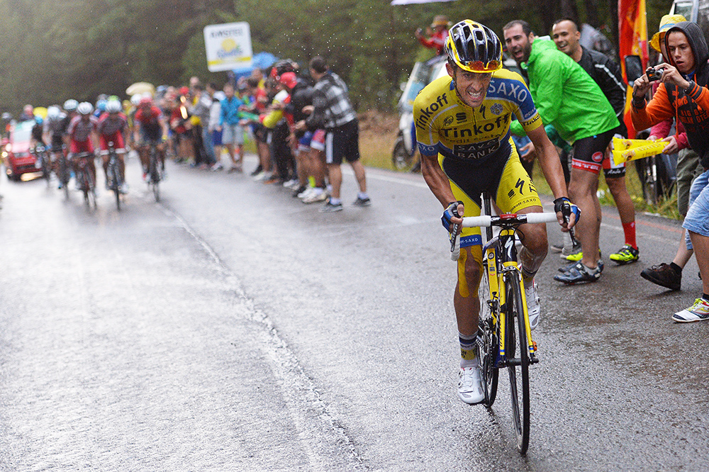 Contador attacking at the Vuelta a Espana 2014, Stage 9. Image from  Velo News .