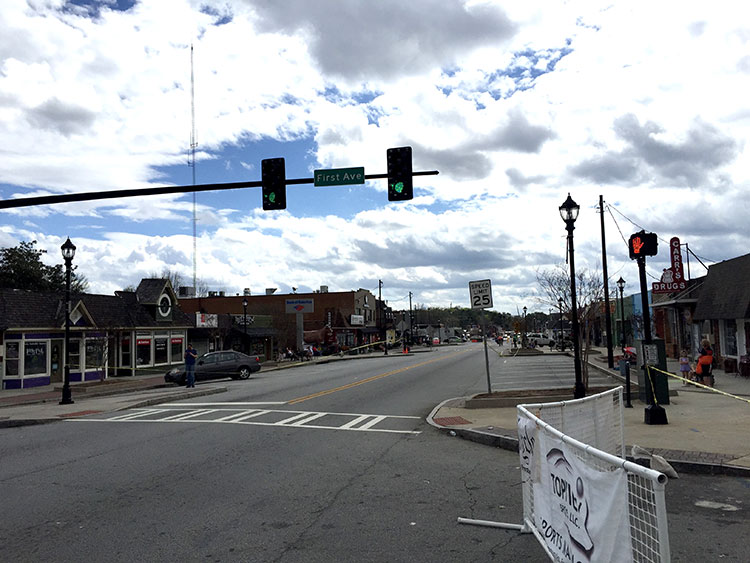 Downtown Tucker - usually where the Tucker ride meets Saturday morning, it also turns out to be a great spot for a crit.