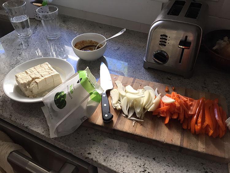 Mmmmmmm tofu and veggiezzzzzzz