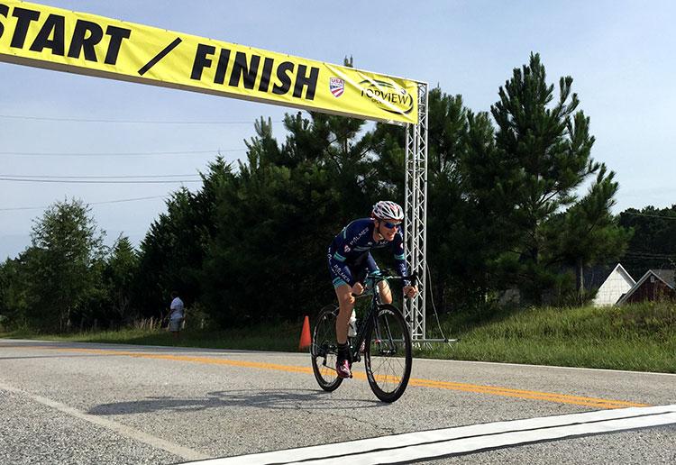 P/1/2 at the TT finish. Sprint!