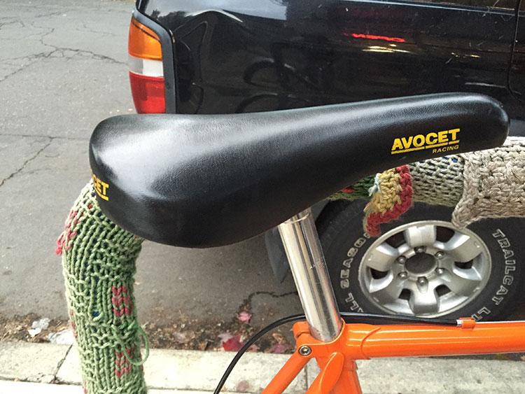 Cool old Avocet Racing saddle.