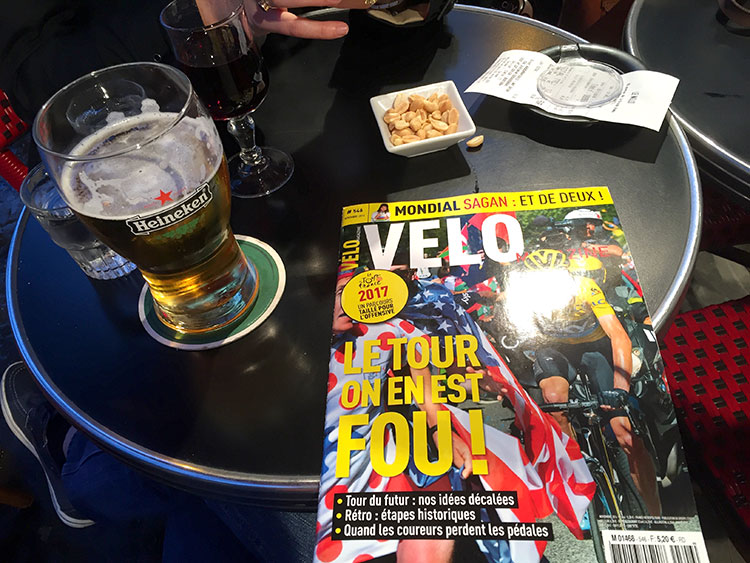 Sweeeeeeeeeet can't wait to watch the TDF with notes from a French mag.