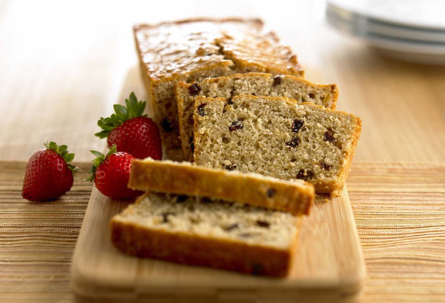 Low_Fat_Oat_Raisin_Bread__1.jpg