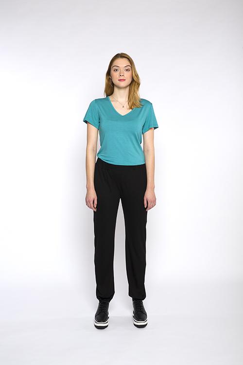 Justine-leconte-black-athleisure-pants