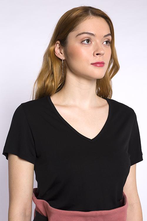 justine-leconte-black-lyocell-tshirt