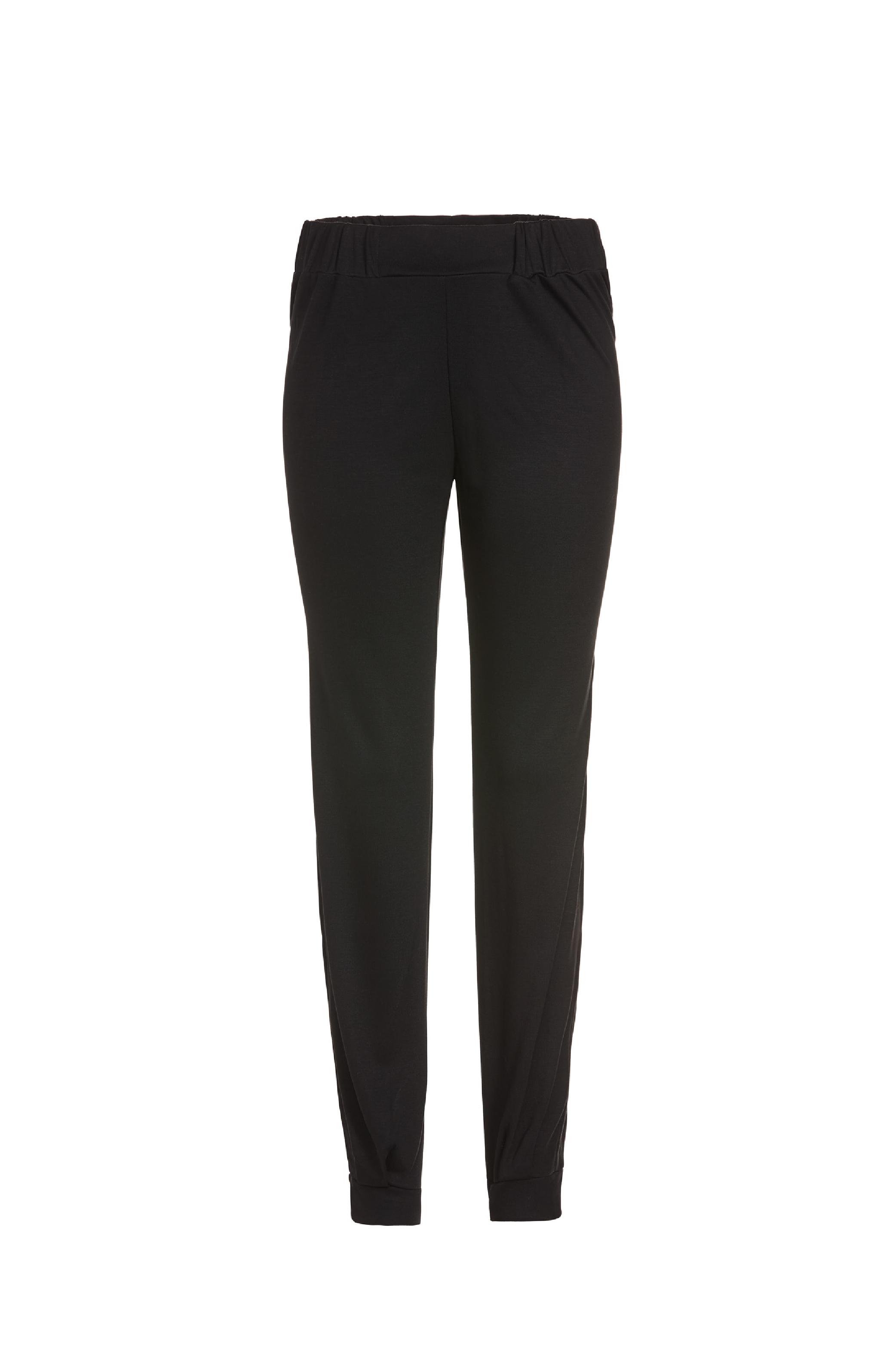 justineleconte-black-pants