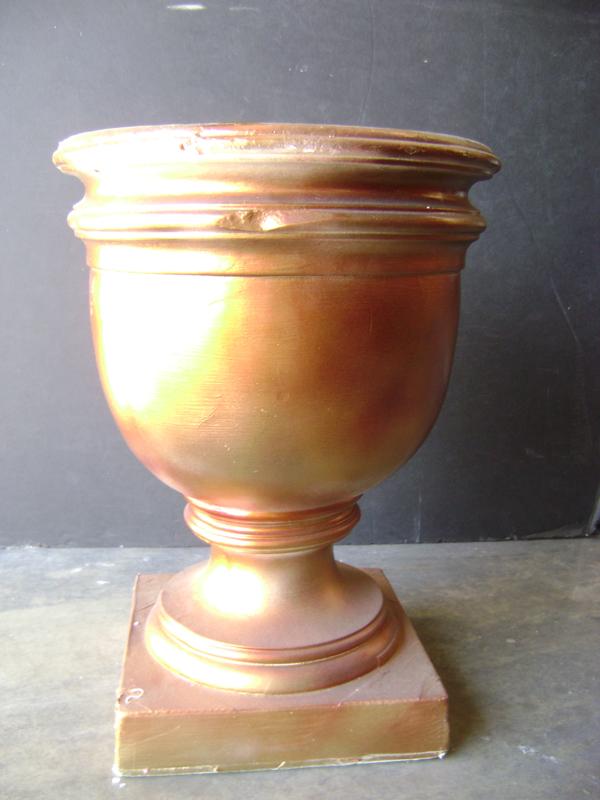Gold plaster dowel urn