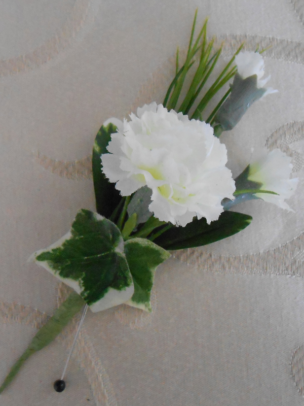 White mini carnation boutonniere