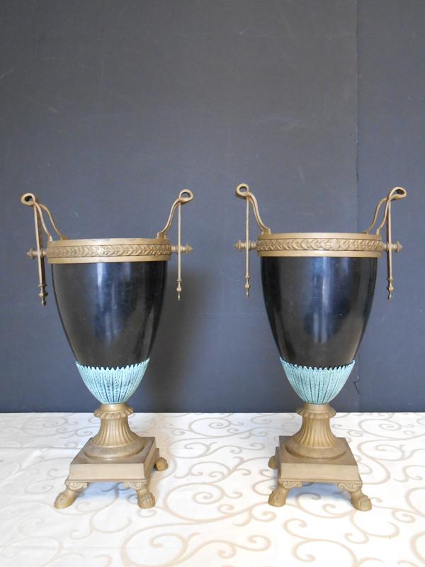 Classic black deco ceramic vase