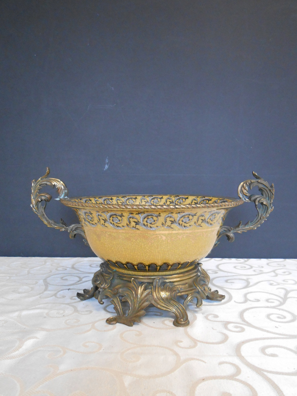 Acanthus gold ceramic Asian Ceramic