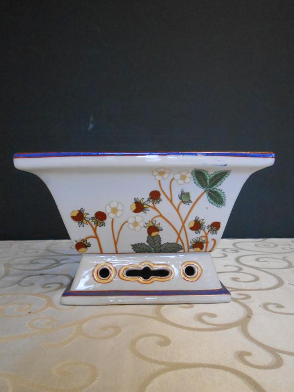 Holly ceramic bowl