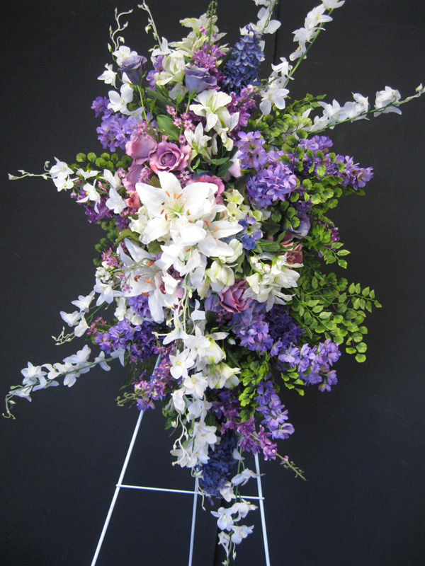 Lavender and white easel spray