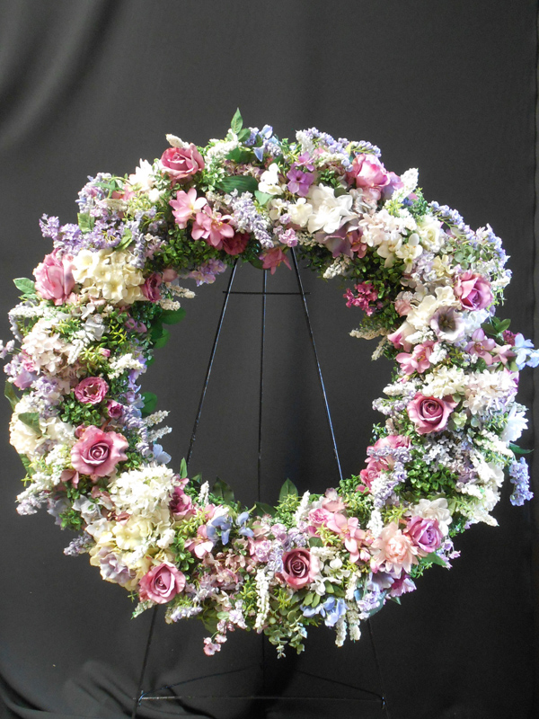 Laavender and white wreath