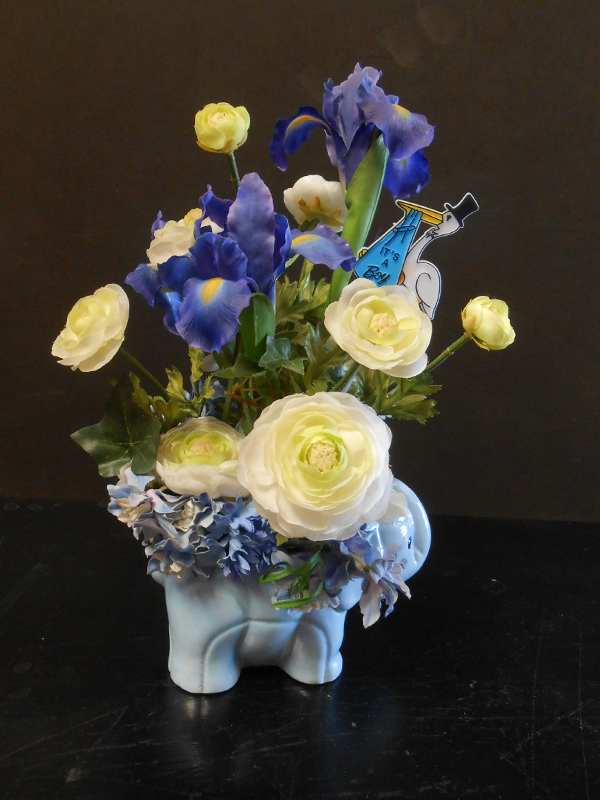 Blue baby gift floral