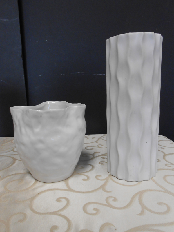 White ceramic ripple vase