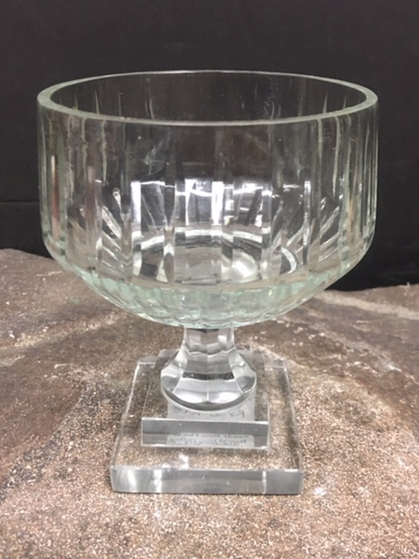 Simple small crystal bowl