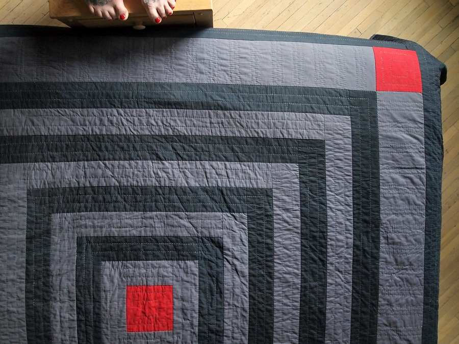 Quilt no. 007: Low Contrast Log Cabin. 2014. Quilting cottons. 92″ x 98″