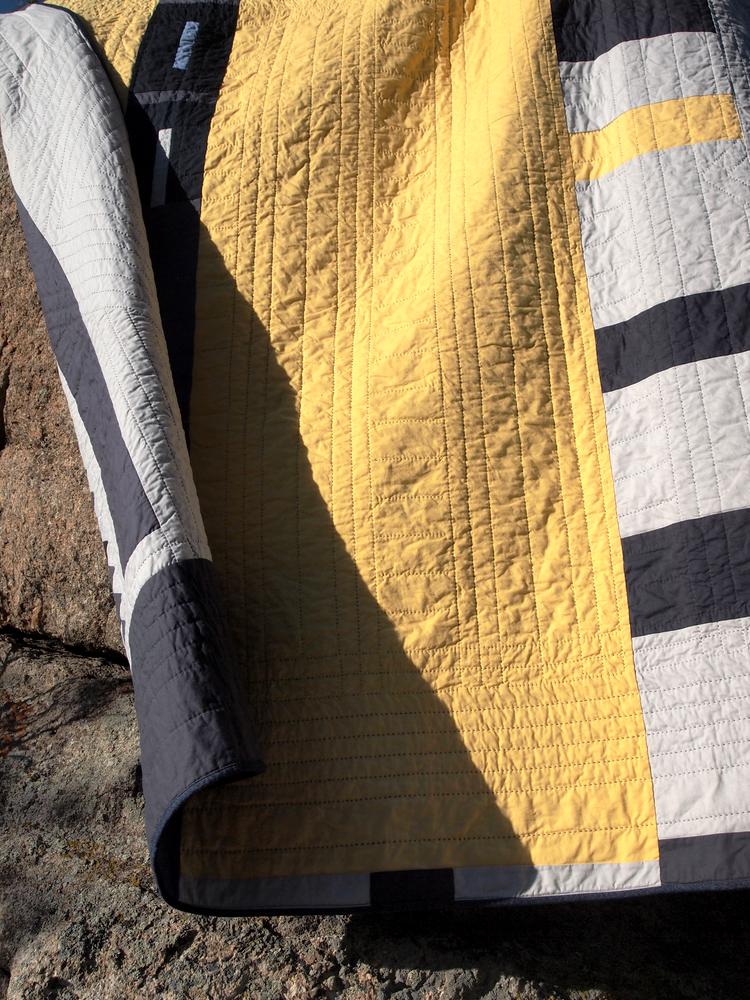 Quilt no. 0011: Back Detail & Drape