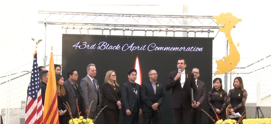 Thị trưởng San Jose Sam Liccardo phát biểu.
