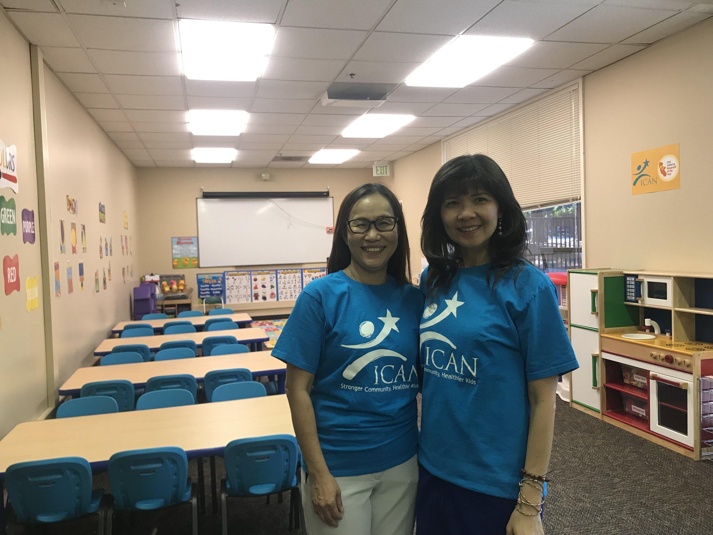 Cô giáo Trúc Phương và Giám Đốc Điều Hành Nguyệt Tiên.