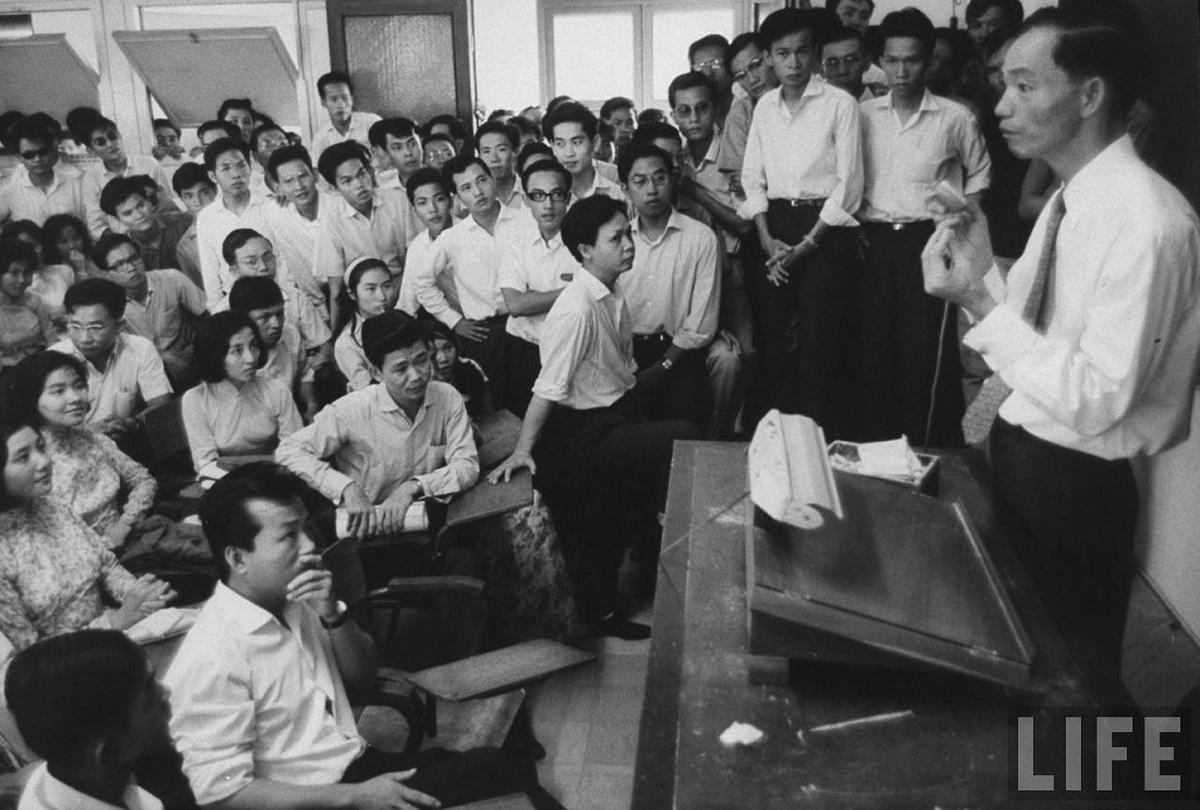 Một trong những khung cảnh đại học miền Nam thời Việt Nam Cộng Hòa. Nguồn internet.