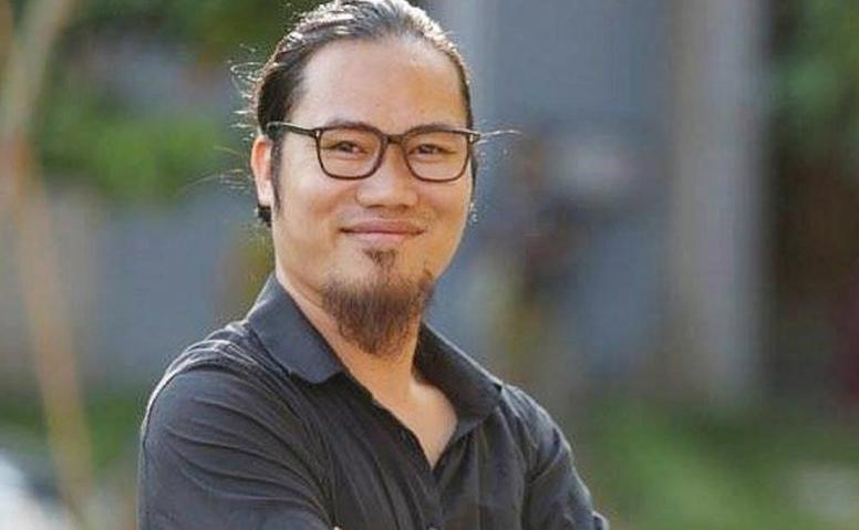 Nghệ sĩ Nguyễn Công Vượng. Nguồn Tễu Blog.