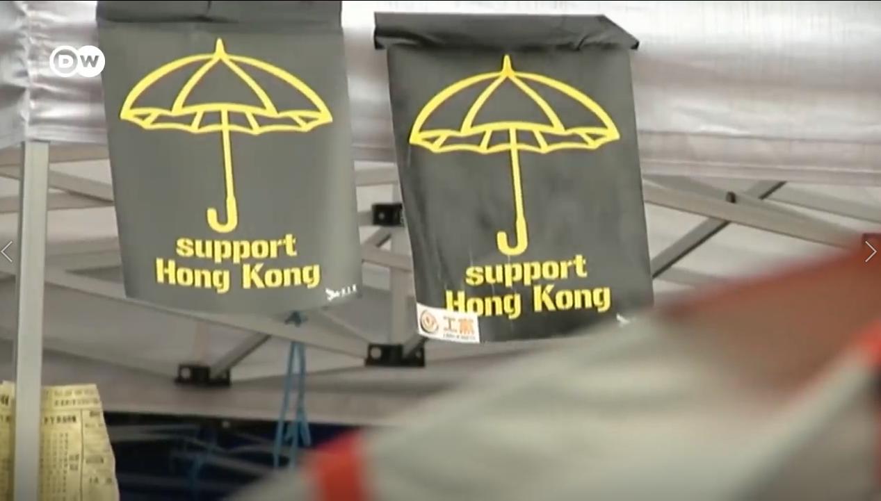 Phong trào Dù Vàng trong cuộc vận động dân chủ tại Hong Kong năm 2014. Nguồn internet.