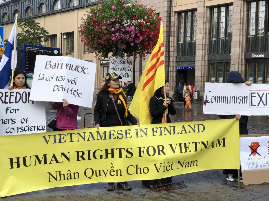 091519-Phần Lan BT chống TQ-16.PNG
