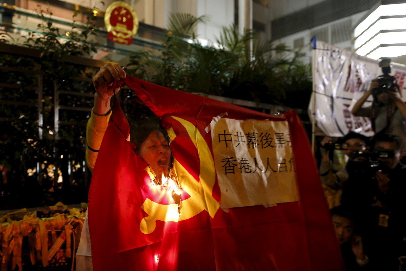 Hong Kong là nơi đầu tiên thuộc kiểm soát Trung Quốc dám thách thức trực tiếp quyền lực Bắc Kinh (Reuters)