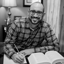 Stephen M, author pic.jpg