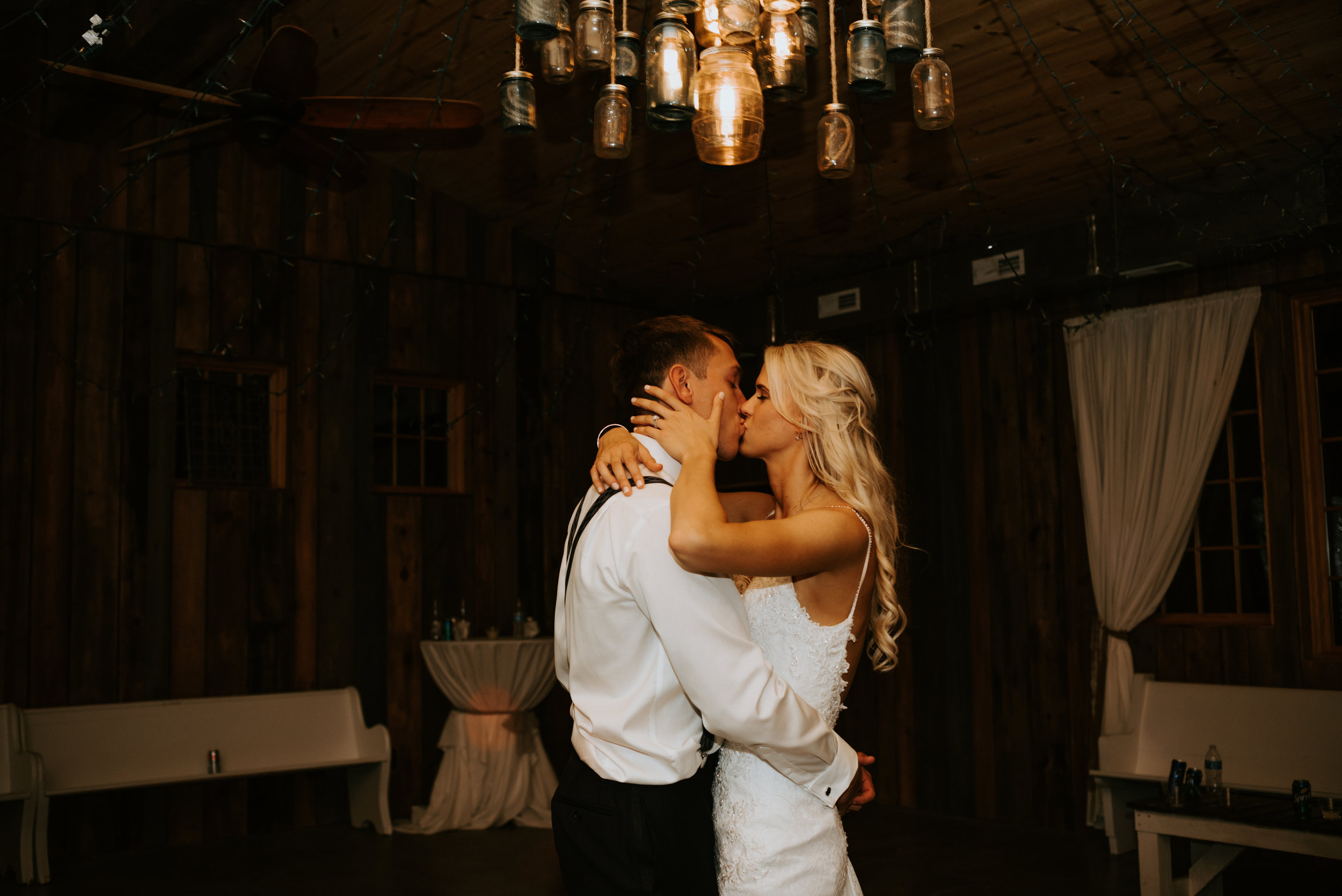 WonderlyCreative_Wedding_4.28.18_Lauren&Josh_-1094.jpg