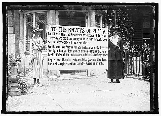 Suffragettes in Washington D.C. | Circa 1917
