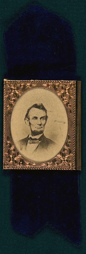 Lincoln Campaign Button   Circa 1864