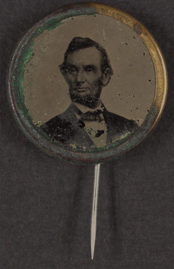 Lincoln Political Campaign Button   Circa 1864