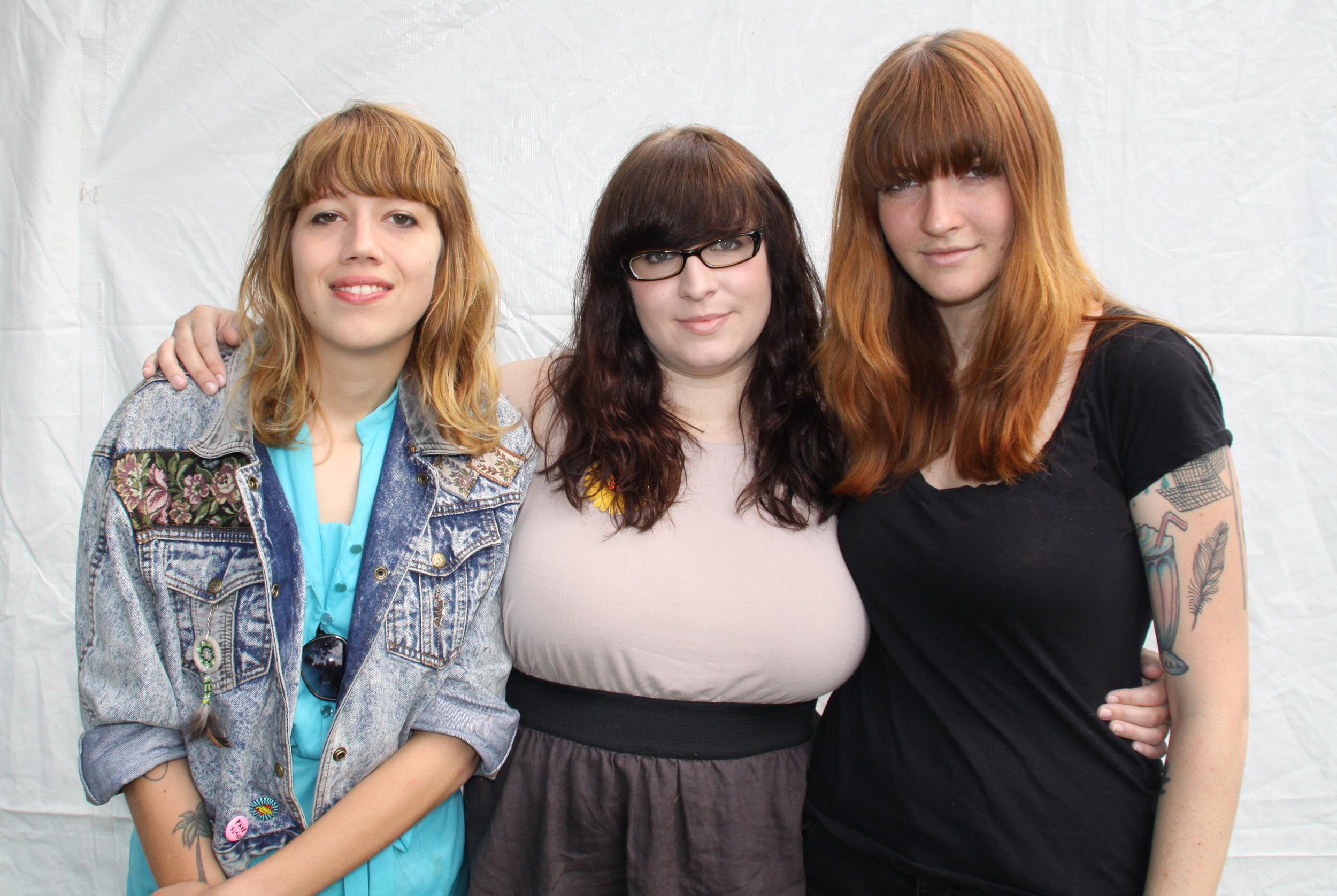 Vivian Girls, 2009