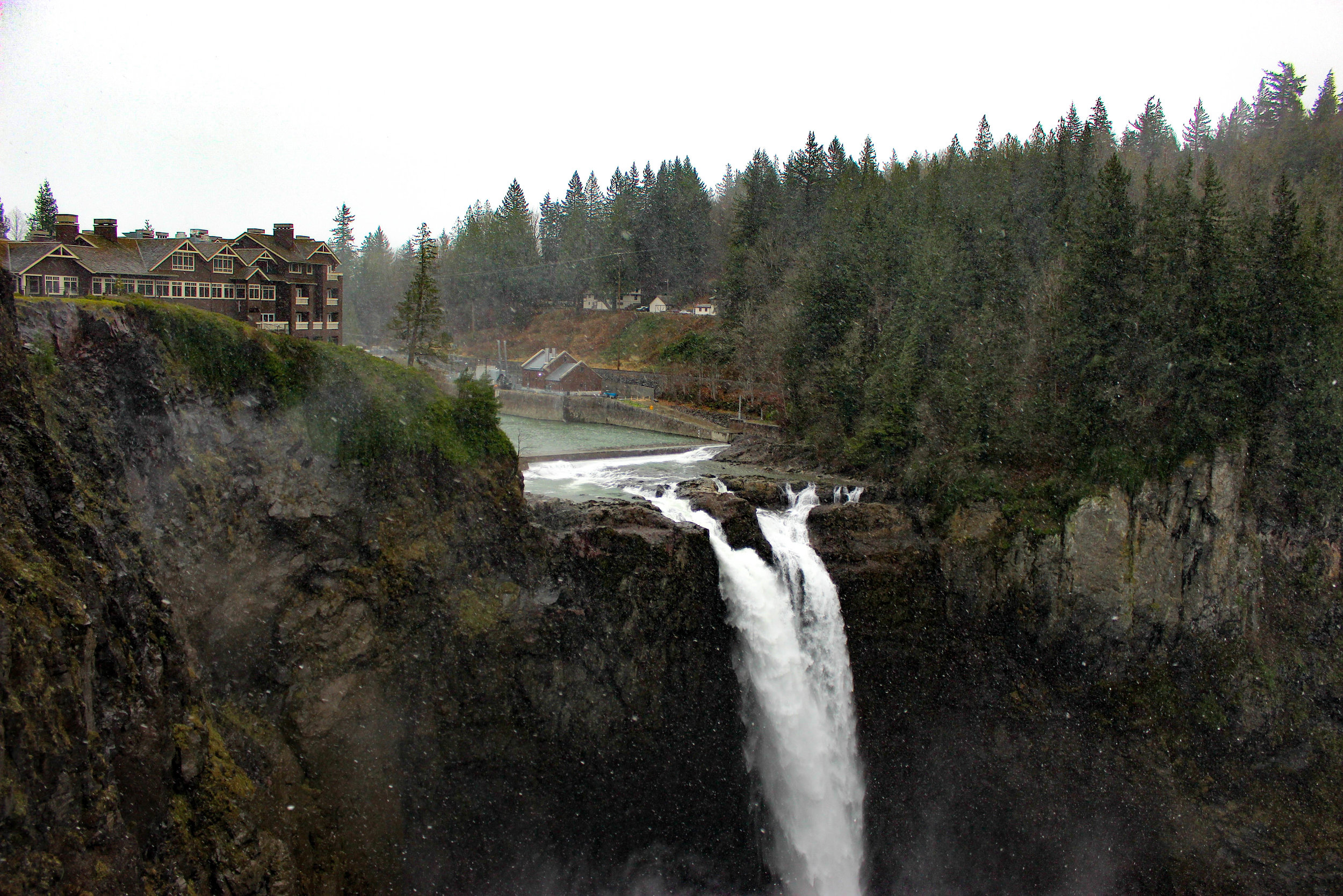 Snoqualmie Falls - Travel