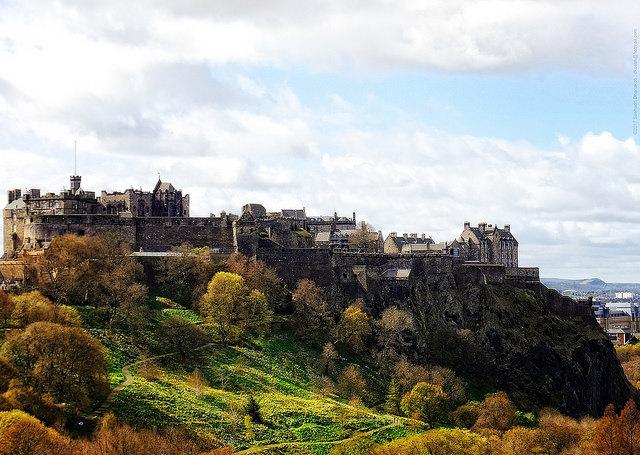 Edinburgh Castle  ©  dksesh via Flickr