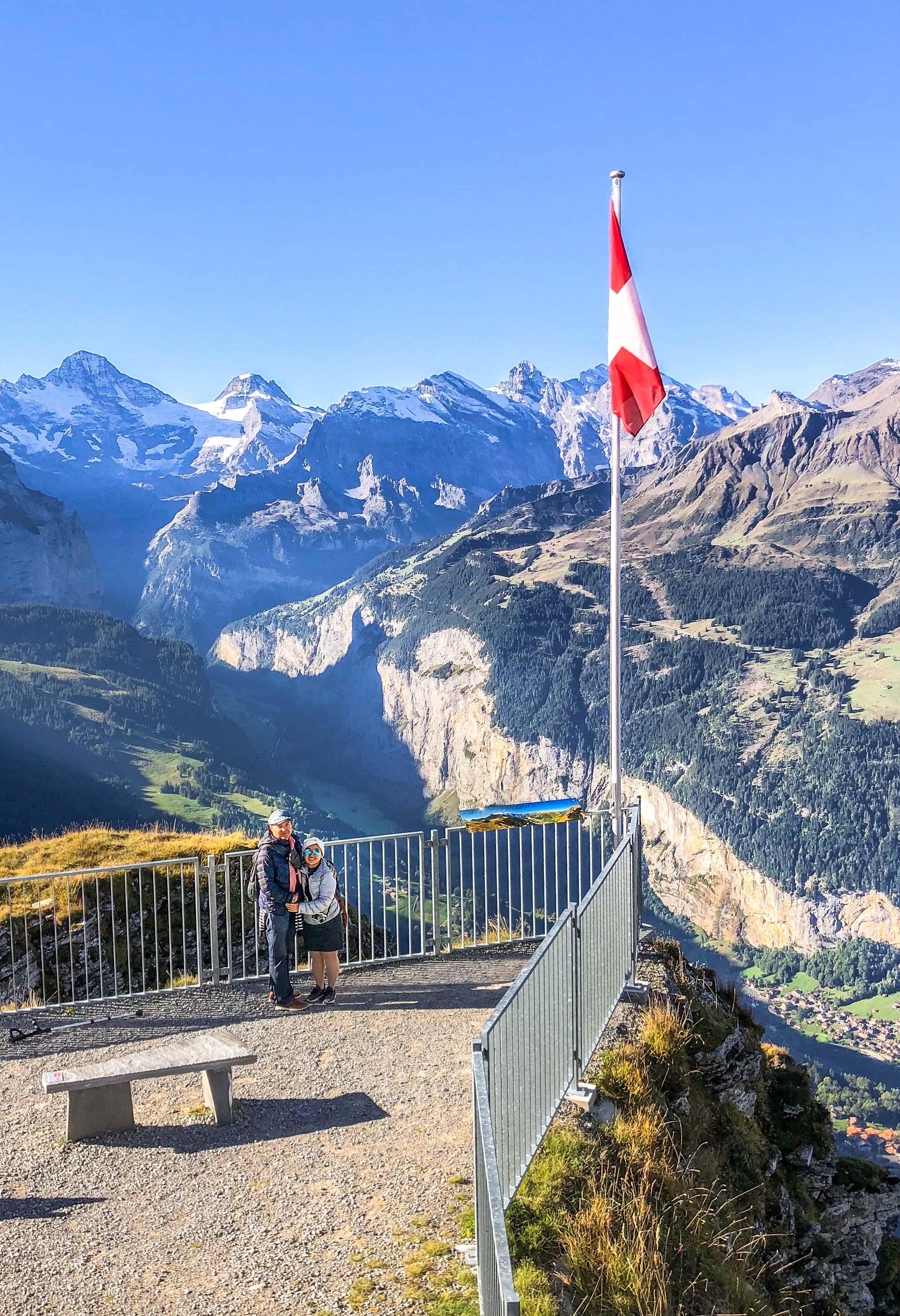 Took a cable car from Wengen to Männlichen, before taking another cable car to Grindelwald.