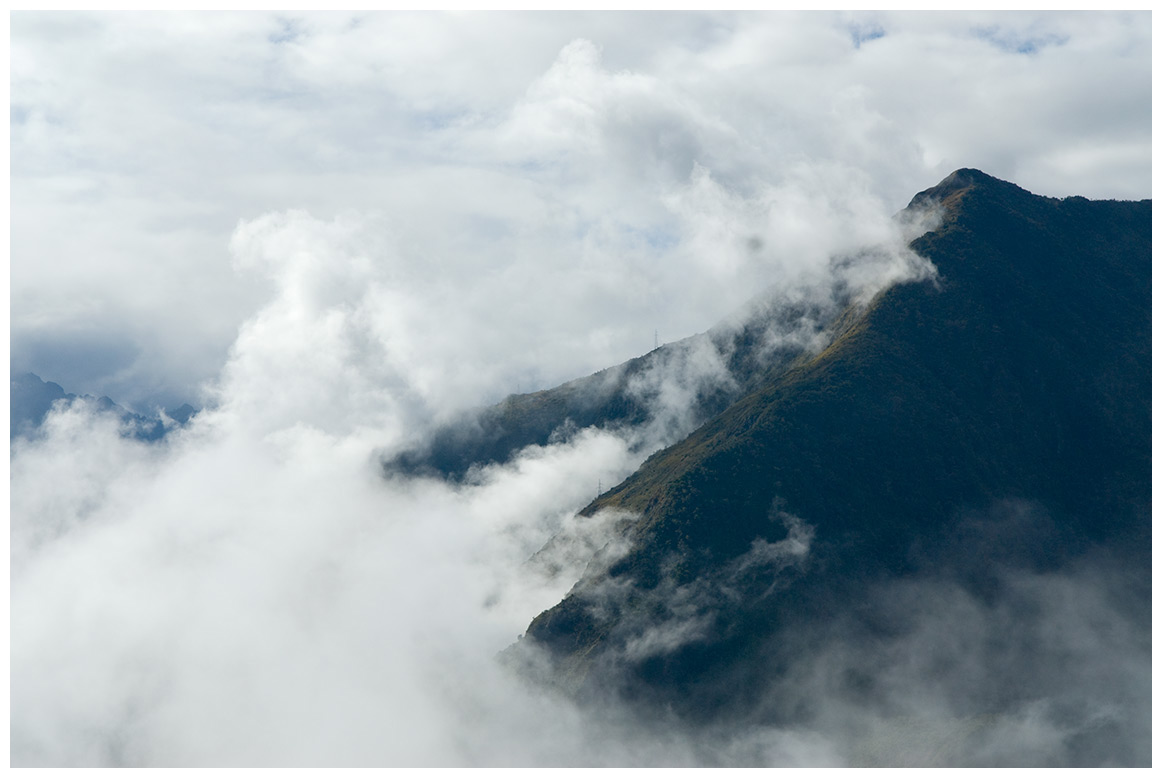first_glance_machu_picchu_distance_0191.jpg