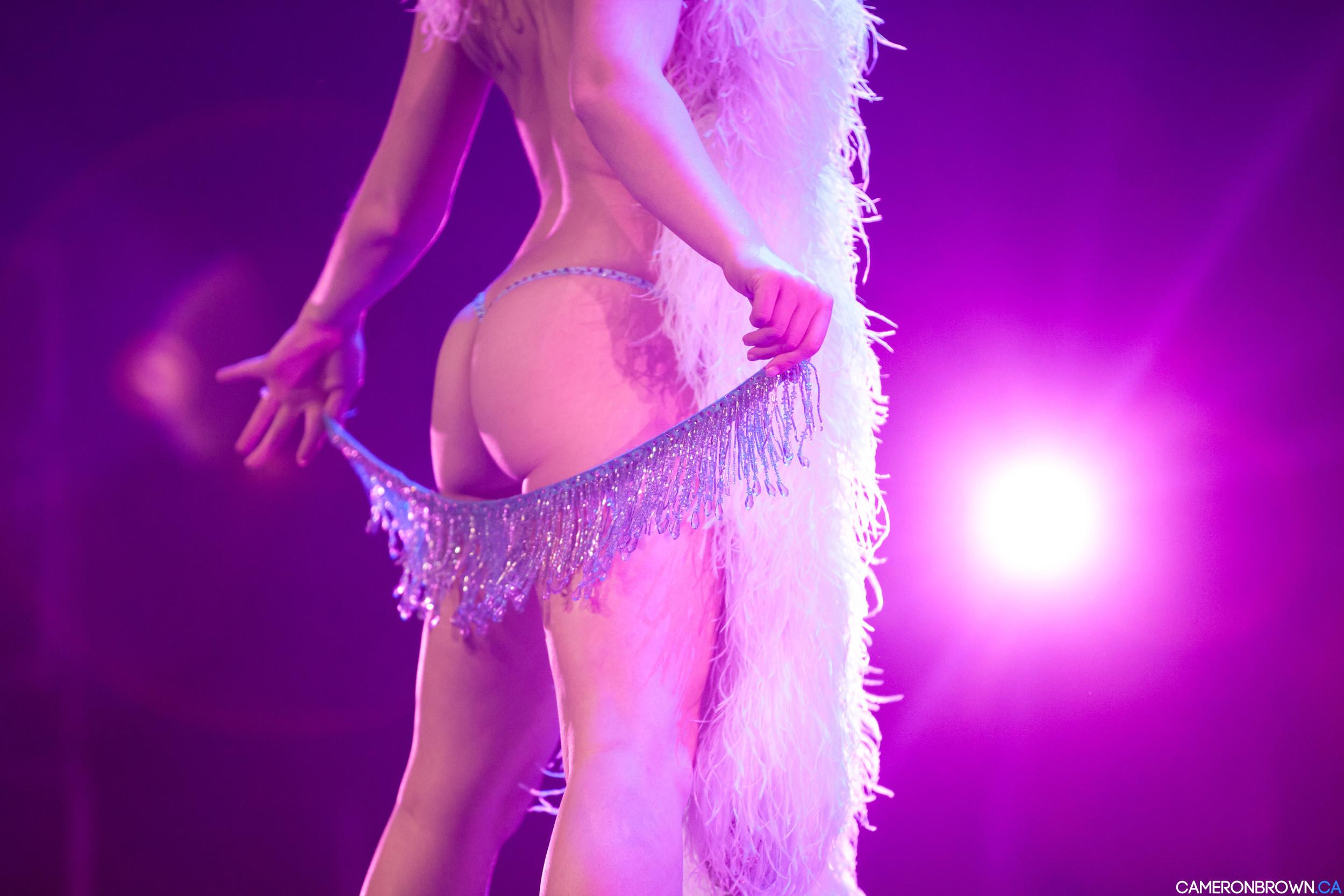 2013 Vancouver International Burlesque Festival. Photo by Cameron Brown