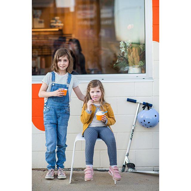 Best models ever!! @adventureswithrubyscoutandarlo @spiltmilkbar 🍧😘🍧 . . . . #shoplocal #orange360 #visit_orange #gelato