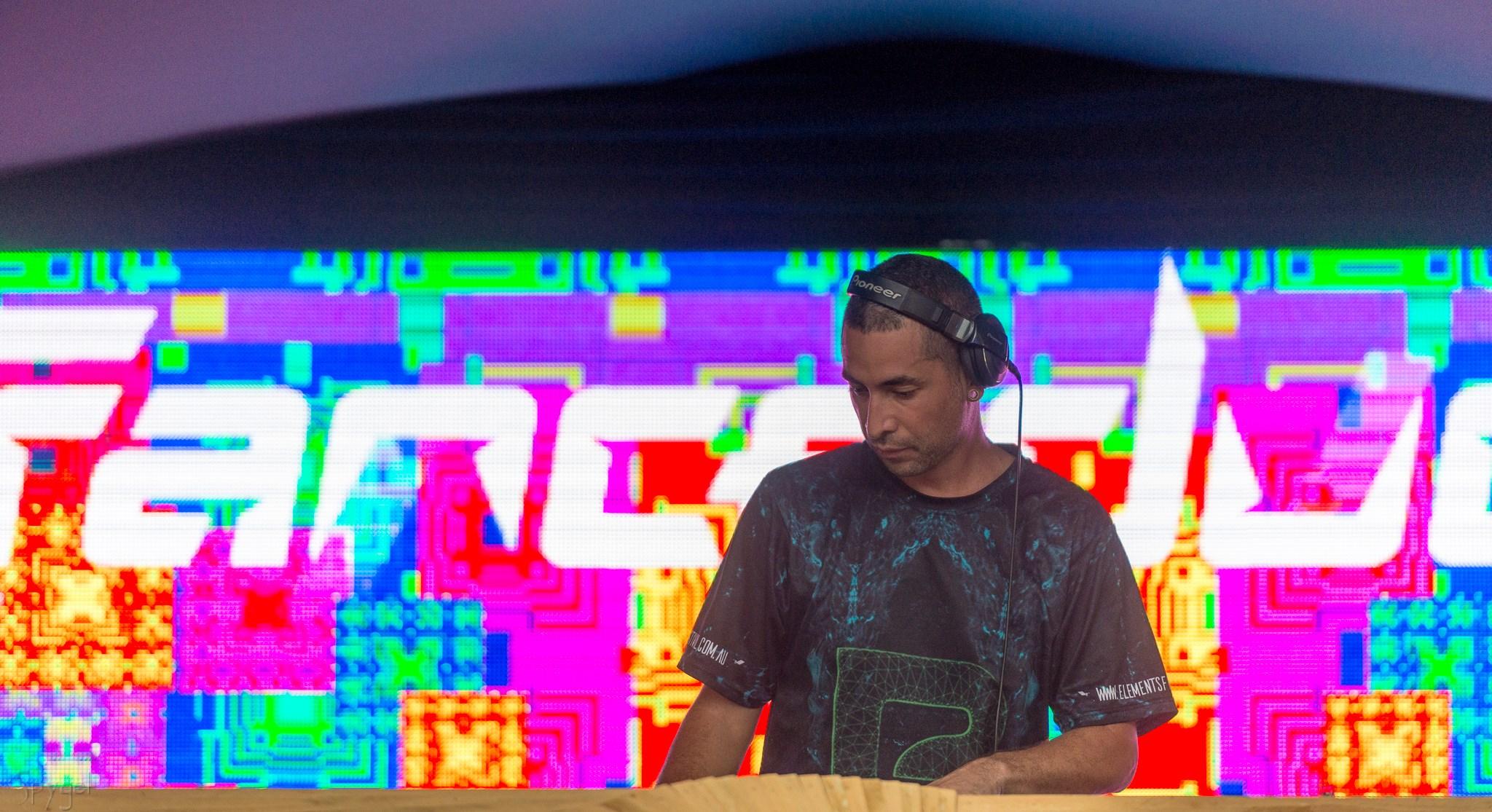 Tranceducer Spygel @ EFF2018.jpg