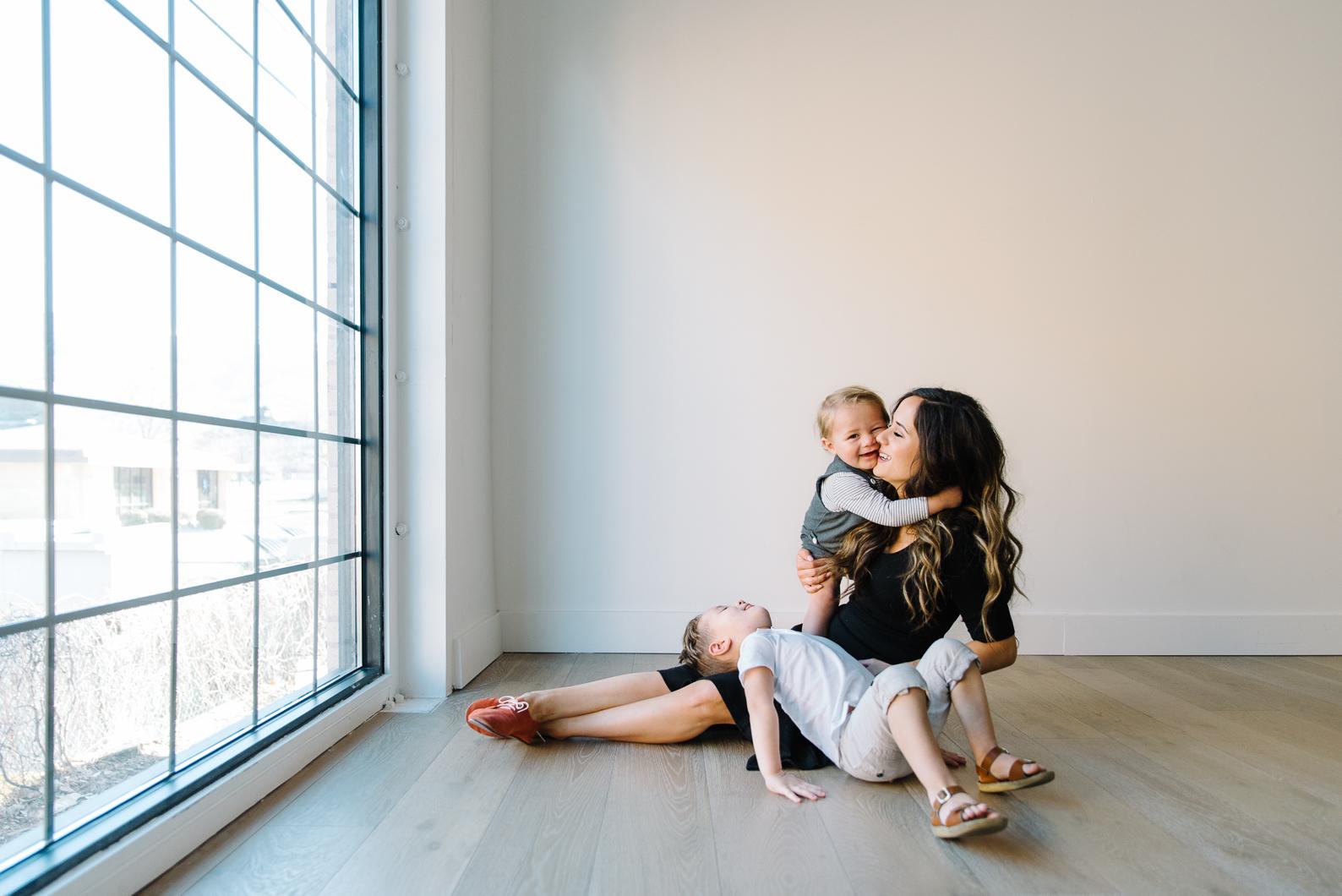 MotherhoodSession-7.jpg